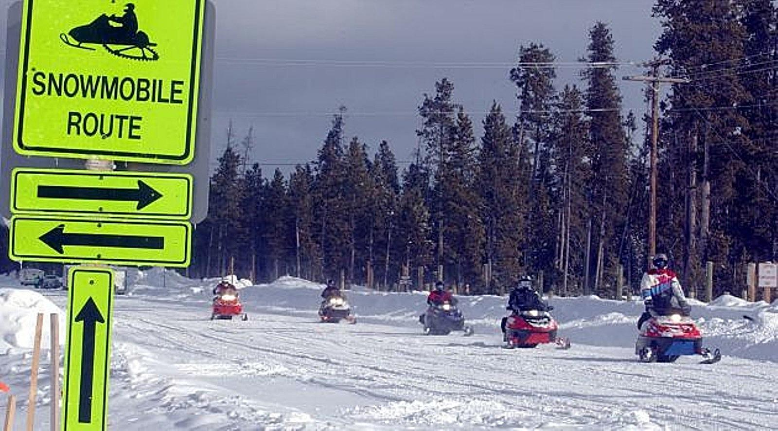 Vintage Snowmobile Race to Benefit Cancer Fund